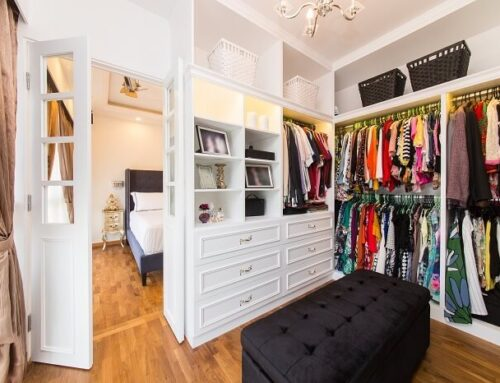 10 Easy Tips to Organize a Women's Wardrobe
